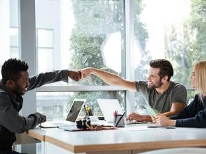 Benefícios do coworking para quem está iniciando um novo negócio